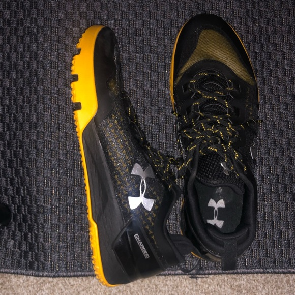 Black And Yellow Under Armor Cross Fit
